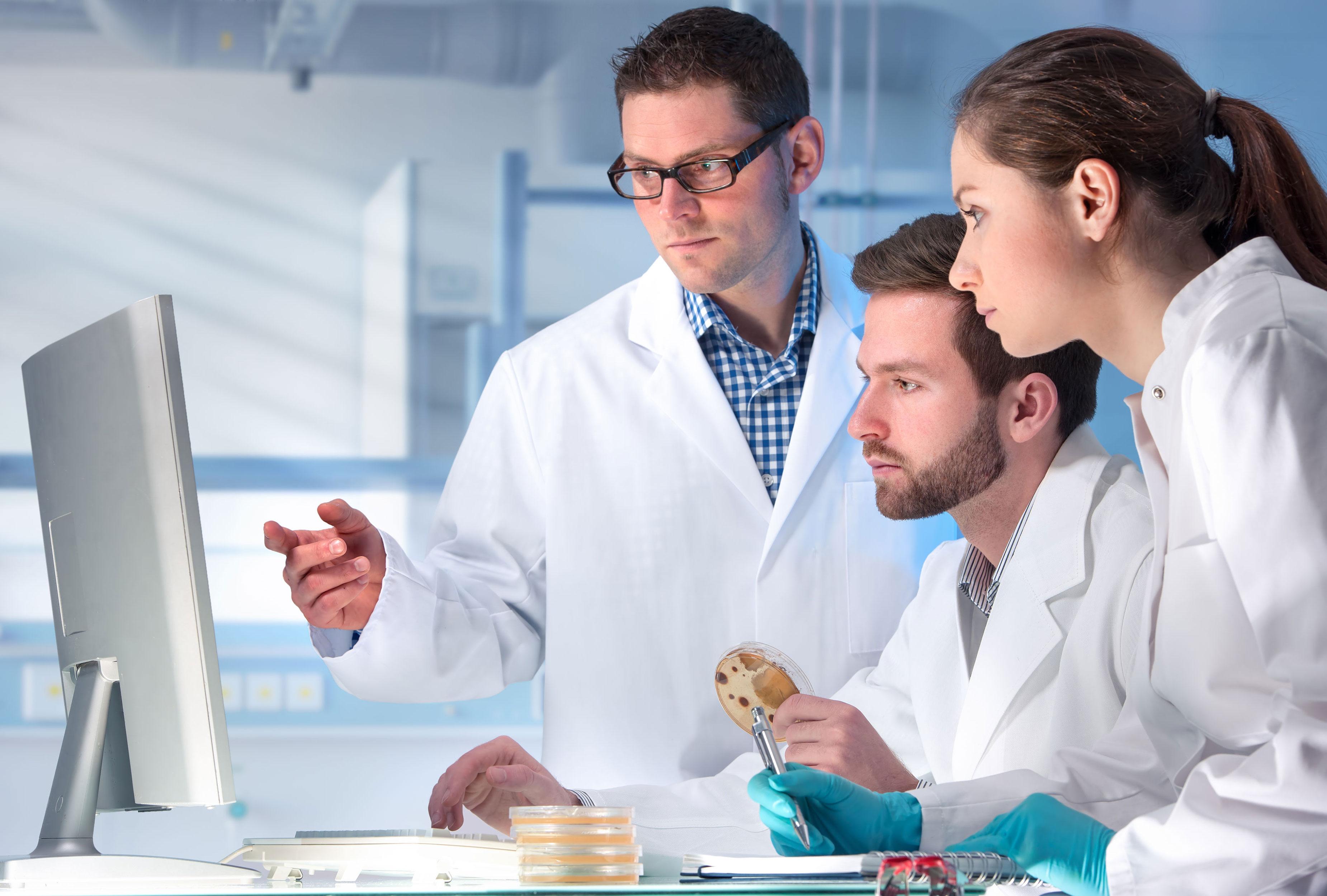 Medizinwissenschaftler im Labor